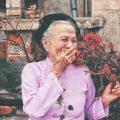 femme-agee-heureuse