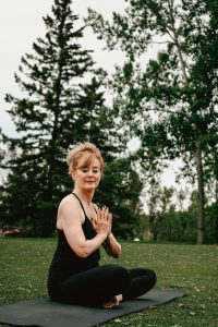 femme-yoga